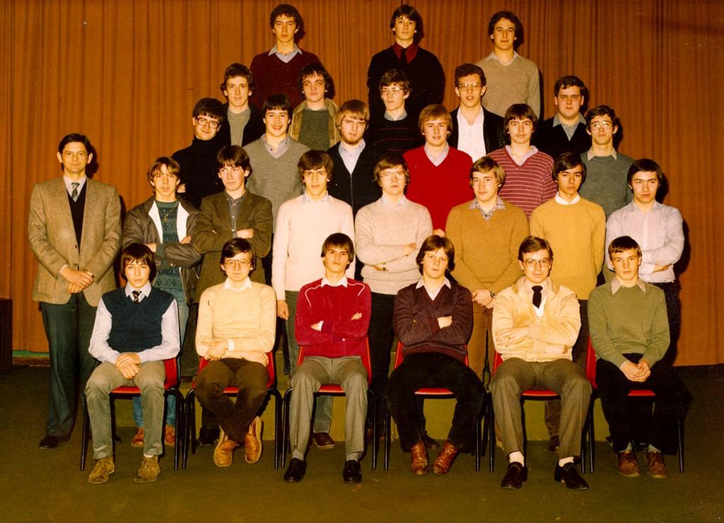 Klasfoto 6LG + 6LWi 1981 (Klik op de foto voor groter formaat)