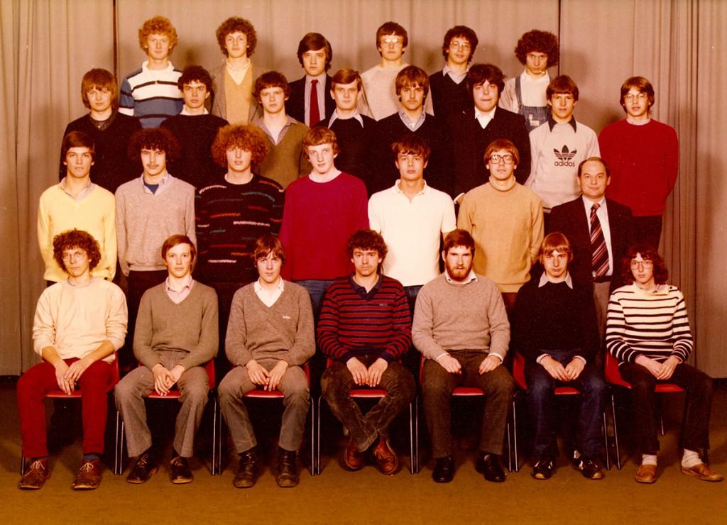 Klasfoto 6LWE + 6WEA 1981 (Klik op de foto voor groter formaat)